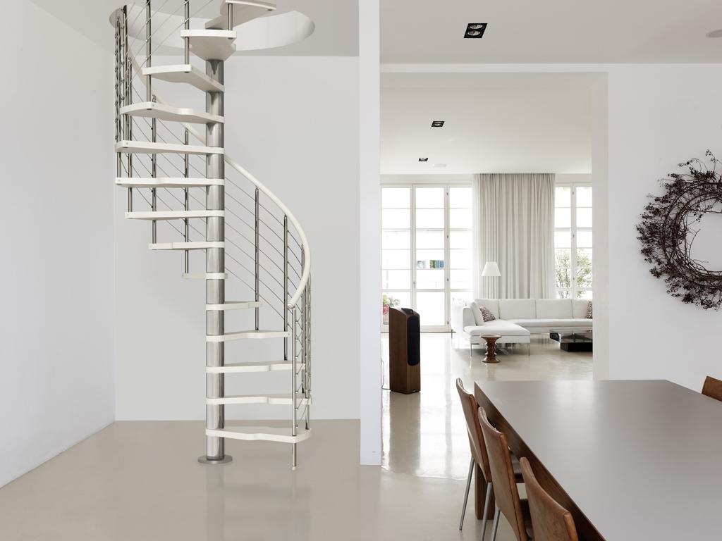 Scale a chiocciola genius 050 con gradini 2 easy comodit for Sala di piani quadrati a chiocciola