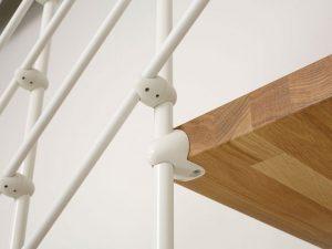 dettaglio scala a rampa oak90