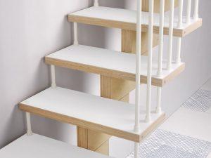 dettaglio gradini scala a rampa